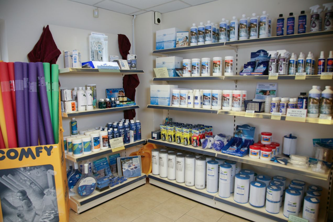 Store And Showroom Cresta Leisure
